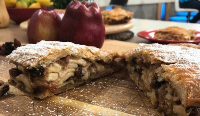 μηλόπιτα της τεμπέλας συνταγή Αργυρώ