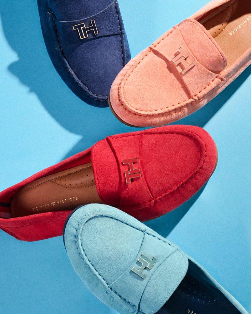 Σουέντ παπούτσια, Tommy Hilfiger