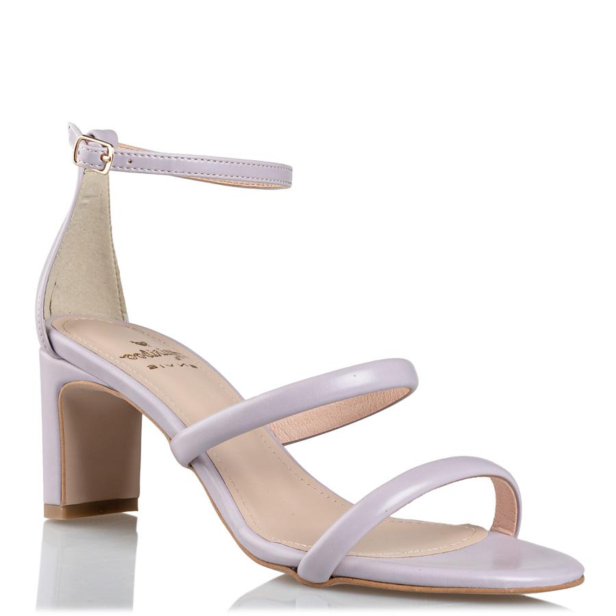 παπούτσια πέδιλα
